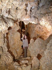 Szemlő-hegyi-barlang-Virágoskert